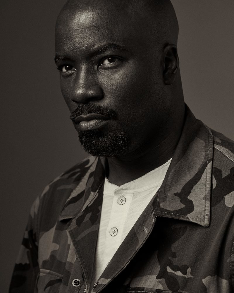 Esquire mike colter 04 800 0x0x2798x3500 q85